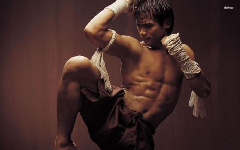 10998-tony-jaa-1680x1050-male-celebrity-wallpaper