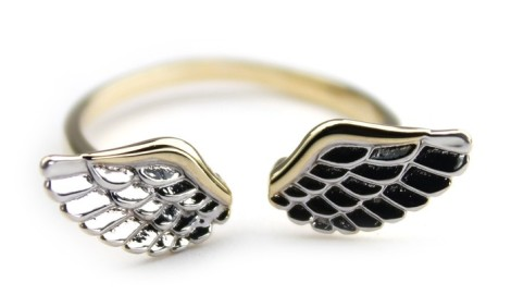 anel-ajustavel-banhado-a-ouro-com-asinhas-banhadas-a-prata
