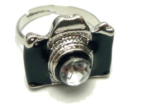 anel-camera-preta-maquina-fotografica-cor-prata-inspirartz_MLB-F-2749636485_052012