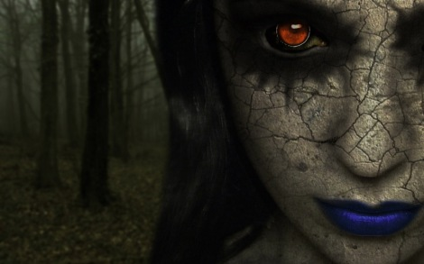 red.eyes.blue.lips