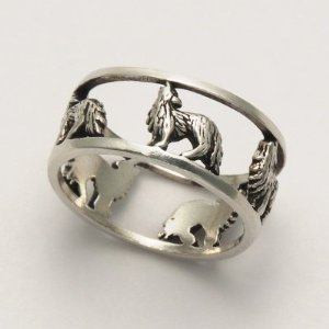wolf.ring